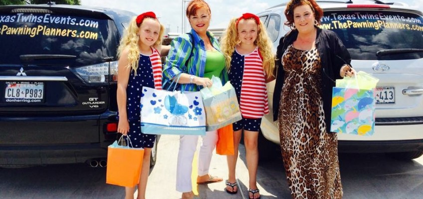 "Storage Wars & Wacky Items? The Pawning Planners Try To #Cindyism ""Hit A Lick"""
